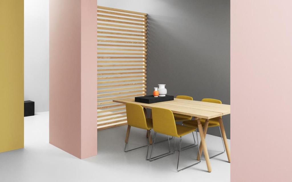 Slice table top & Buk table legs. Kolmesta lankusta valmistettu pöytätaso ja puujalat.